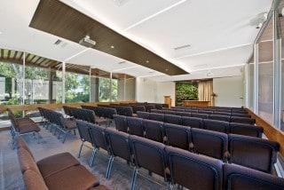 Enfield_Memorial_Park_-_Folland_Chapel_Mobile