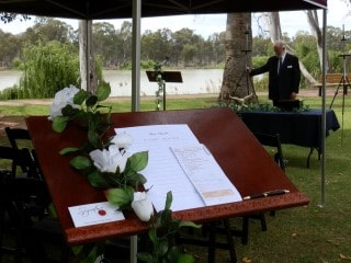 Renmark_Memorial_service_Signature_Funerals_3_Mobile